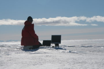 Inaccurate simulation of antarctic field work